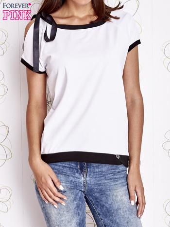 Ecru t-shirt z kokardą                                  zdj.                                  1