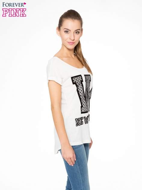 Ecru t-shirt z nadrukiem NEW YORK i koronkowym pasem na plecach                                  zdj.                                  3