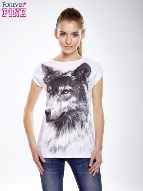 Ecru t-shirt z nadrukiem wilka                                  zdj.                                  2