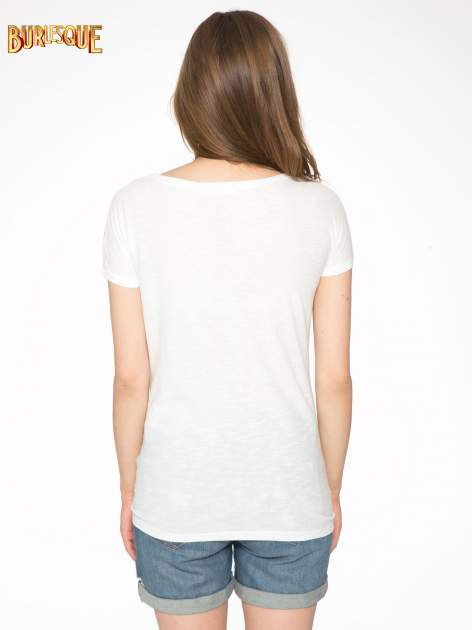 Ecru t-shirt z napisem LOVE AND HAPPINESS                                  zdj.                                  4
