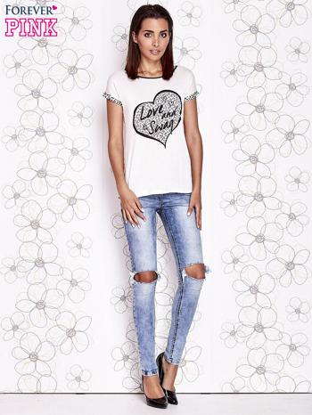 Ecru t-shirt z napisem LOVE AND SWAG                                  zdj.                                  4
