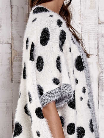 Ecru włochaty sweter w grochy                                  zdj.                                  9