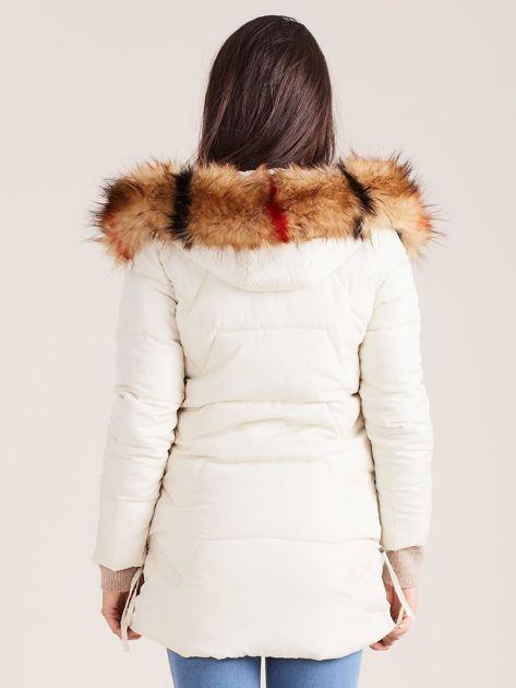 Ecru zimowa damska kurtka                              zdj.                              2