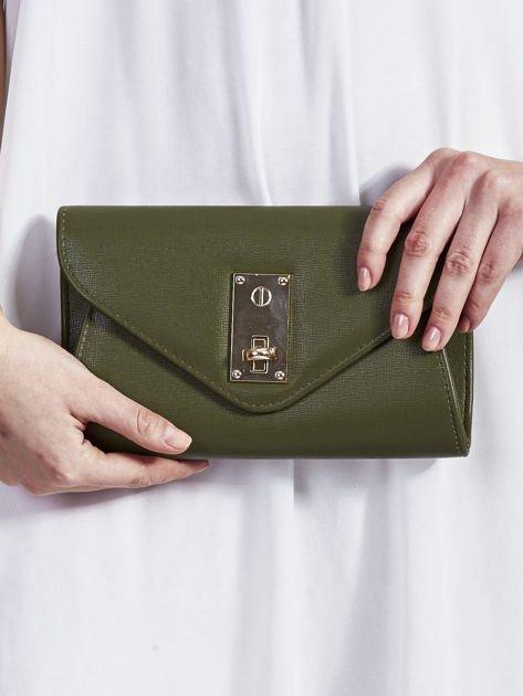 Elegancka kopertówka z ozdobnym zapięciem zielona                              zdj.                              1