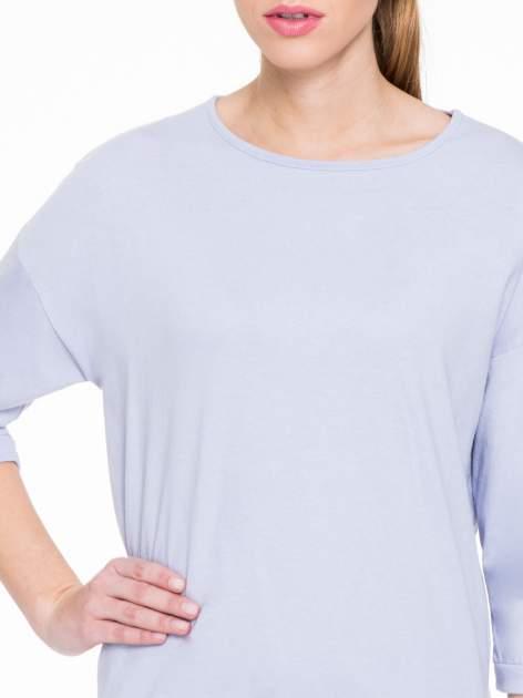 Fioletowa gładka bluzka z luźnymi rękawami 3/4                                  zdj.                                  5