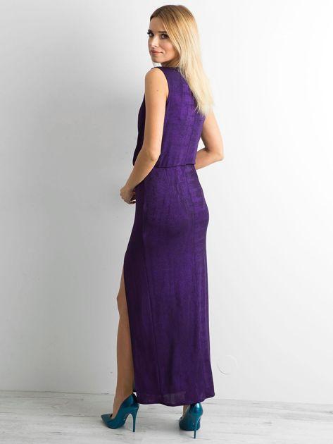 Fioletowa sukienka maxi z rozcięciem                              zdj.                              2