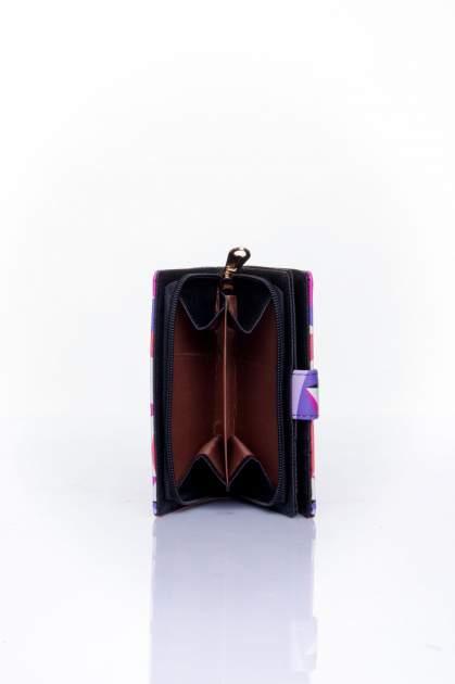 Fioletowy portfel w graficzne wzory                                  zdj.                                  5