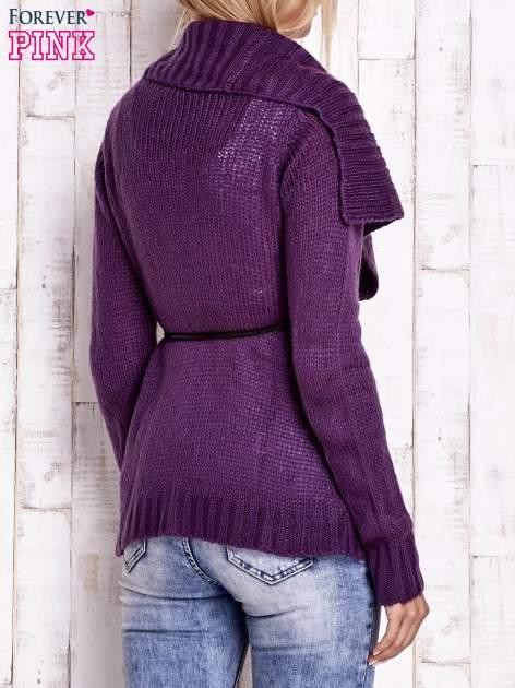 Fioletowy sweter z wiązaniem                                  zdj.                                  4