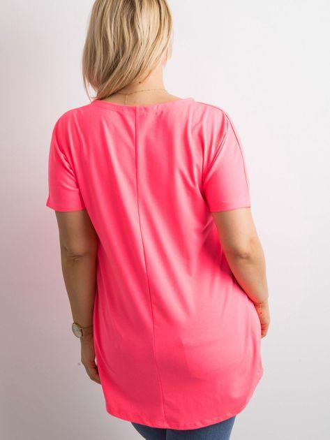 Fluo różowa tunika z napisem PLUS SIZE                              zdj.                              2