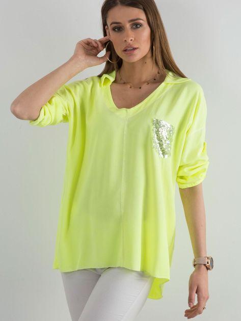 Fluo żółta bluzka damska z cekinową kieszenią                              zdj.                              1