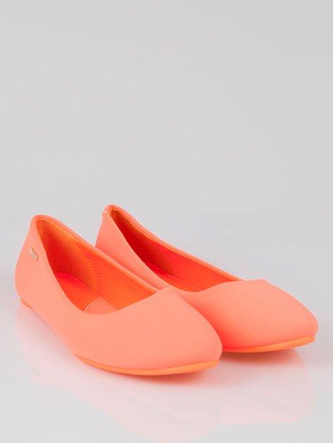 Fluopomarańczowe lekkie baleriny California                                  zdj.                                  2