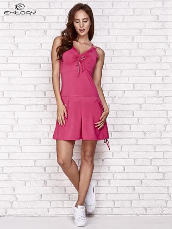 Fuksjowa sukienka sportowa z wiązaniem przy dekolcie                                  zdj.                                  4