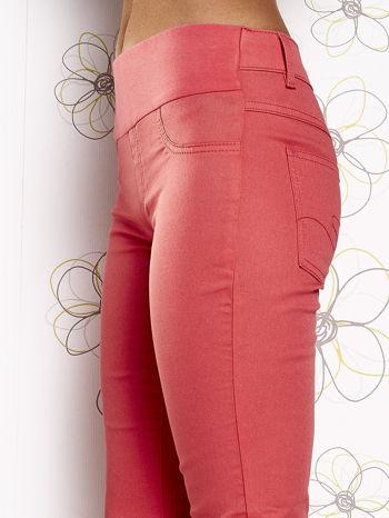 Fuksjowe dopasowane spodnie 7/8                                  zdj.                                  5