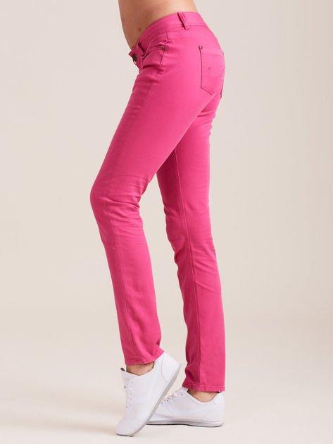 Fuksjowe spodnie o kroju regular                              zdj.                              2