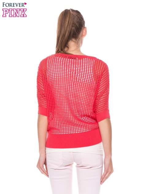 Fuksjowy ażurowy sweter oversize                                  zdj.                                  4