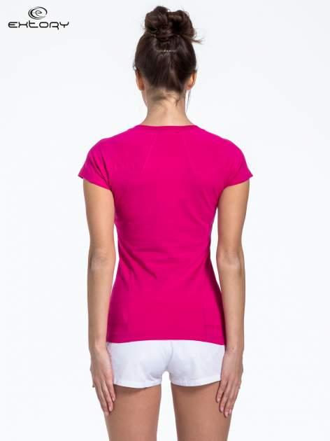 Fuksjowy t-shirt sportowy z kieszonką                                  zdj.                                  3