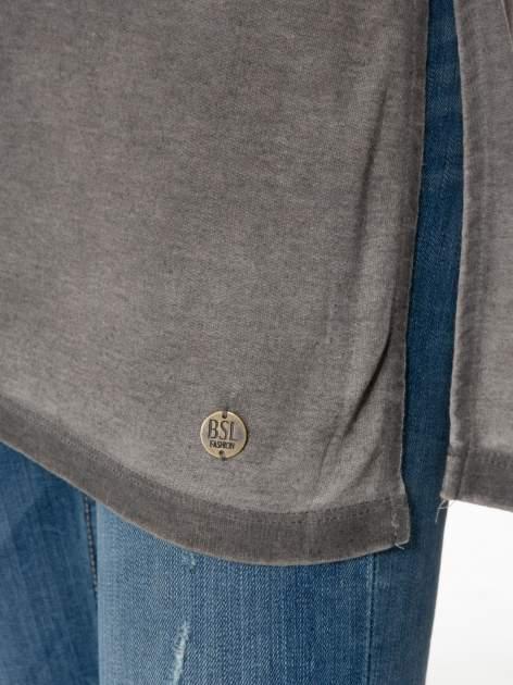 Grafitowa sukienka typu t-shirt bluzka z efektem dekatyzowania                                  zdj.                                  8
