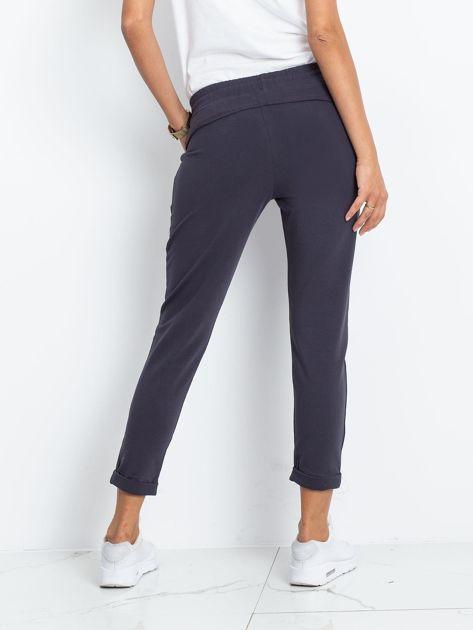 Grafitowe spodnie Approachable                              zdj.                              2