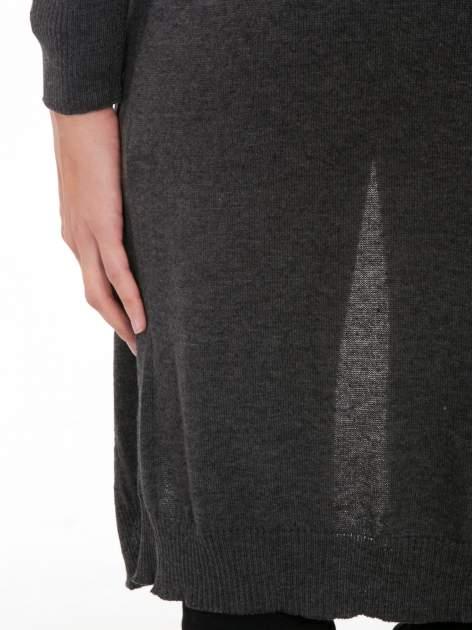 Grafitowy długi gładki sweter kardigan z kieszeniami                                  zdj.                                  8