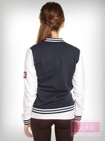 Granatowa bluza bejsbolówka w stylu college                                  zdj.                                  2
