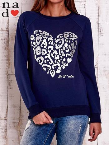 Granatowa bluza z nadrukiem serca i napisem JE T'AIME                                   zdj.                                  1
