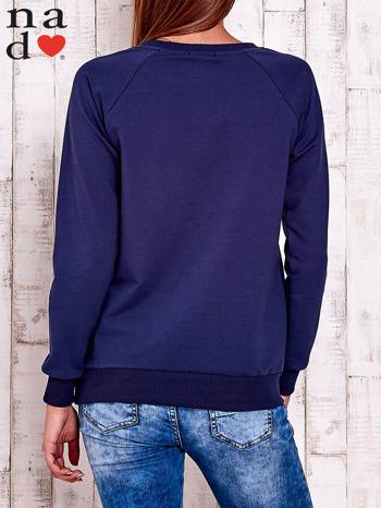 Granatowa bluza z wzorem serca                                  zdj.                                  4