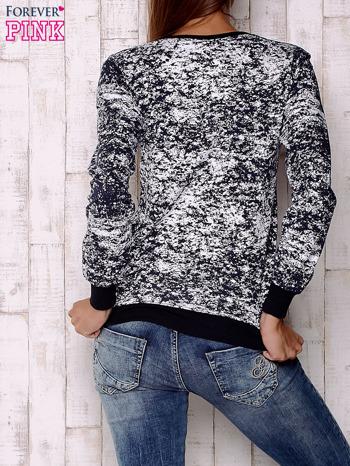 Granatowa bluza ze złotym motywem                                  zdj.                                  4