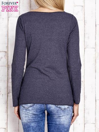 Granatowa bluzka z materiałową wstawką                                  zdj.                                  4