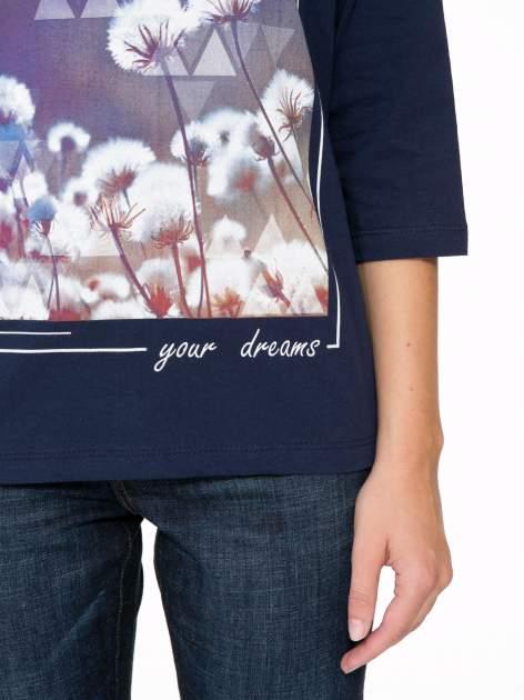 Granatowa bluzka z napisem FOLLOW YOUR DREAMS                                  zdj.                                  7