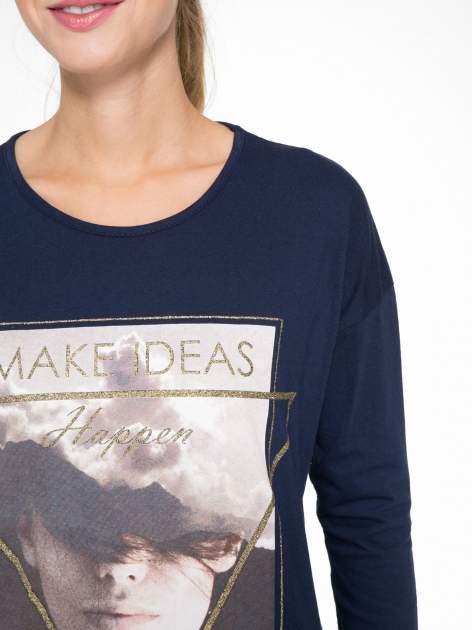 Granatowa bluzka z napisem MAKE IDEAS HAPPEN                                  zdj.                                  6