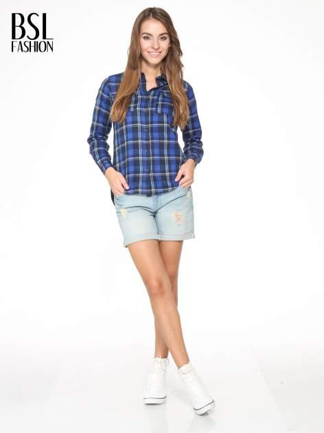 Granatowa damska koszula w kratę z kieszonkami                                  zdj.                                  5