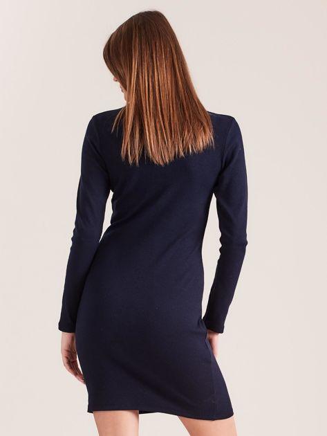 Granatowa dopasowana sukienka w prążek z dżetami                              zdj.                              2
