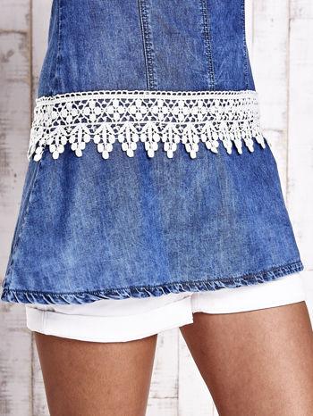 Granatowa jeansowa tunika z koronkowym wykończeniem                                  zdj.                                  7