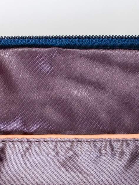 Granatowa kopertówka z dżetami motyw ust                                  zdj.                                  7