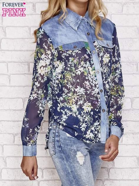 Granatowa koszula w kwiaty ze wstawkami z denimu                                  zdj.                                  3