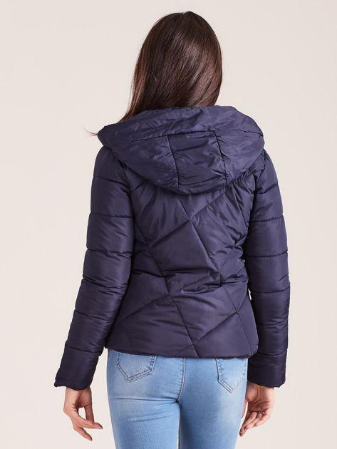 Granatowa krótka kurtka zimowa                              zdj.                              2