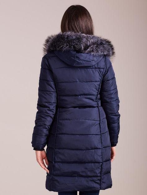 Granatowa pikowana damska kurtka zimowa                               zdj.                              2