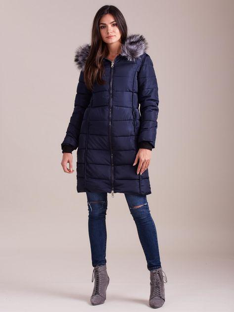 Granatowa pikowana damska kurtka zimowa                               zdj.                              4