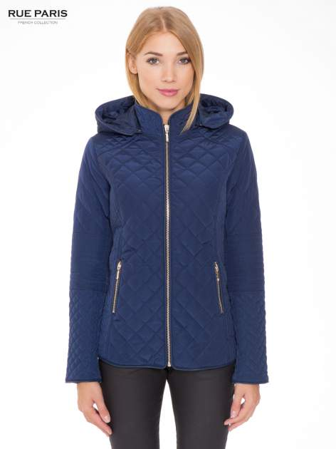 Granatowa pikowana kurtka z kapturem w stylu husky                                  zdj.                                  1