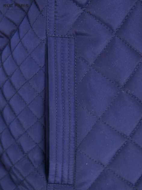 Granatowa pikowana kurtka ze skórzaną lamówką                                  zdj.                                  9