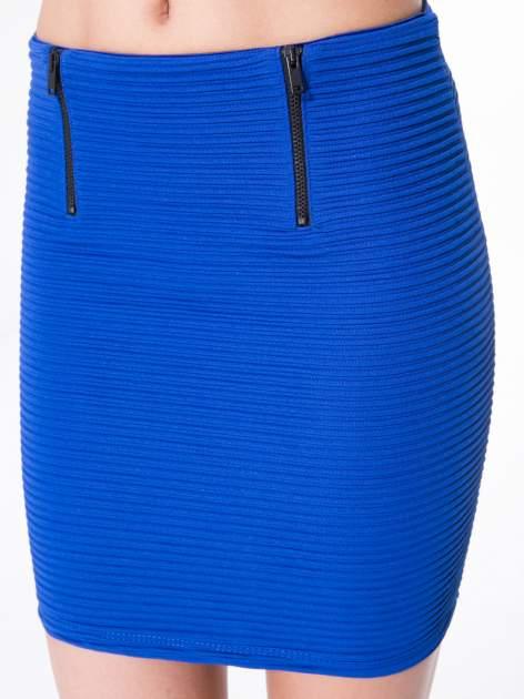 Granatowa prążkowana mini spódnica tuba z suwakami                                  zdj.                                  9
