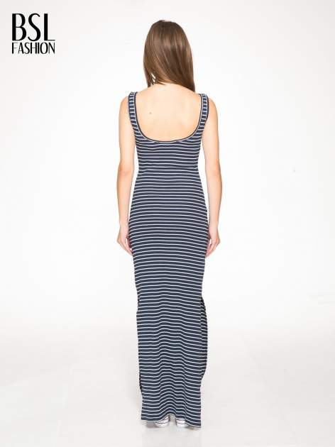 Granatowa prosta długa sukienka w paski z bawełny                                  zdj.                                  3