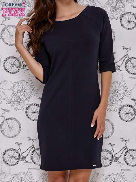 Granatowa sukienka dresowa z suwakiem z tyłu                                  zdj.                                  1
