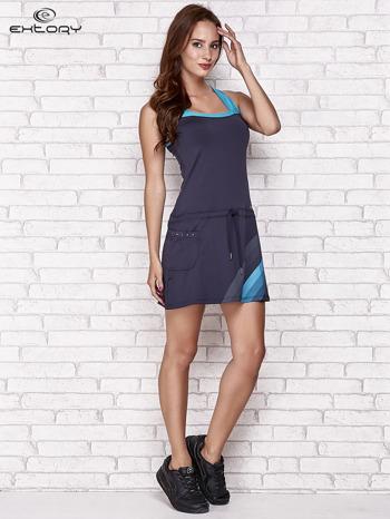 Granatowa sukienka sportowa z niebieskimi wstawkami                                  zdj.                                  2