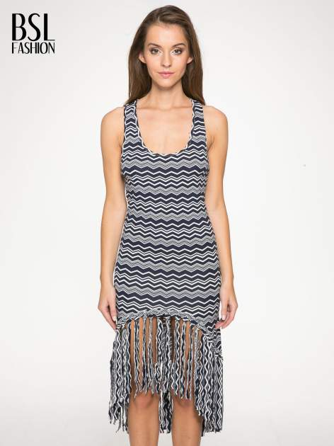 Granatowa sukienka we wzór zig-zag z frędzlami na dole                                  zdj.                                  1