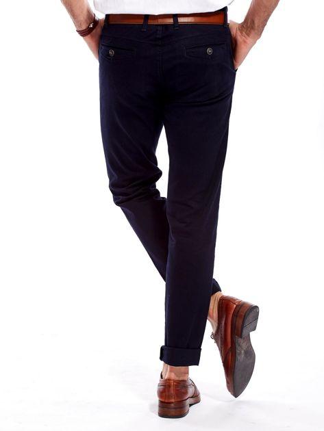 Granatowe bawełniane spodnie męskie                               zdj.                              2
