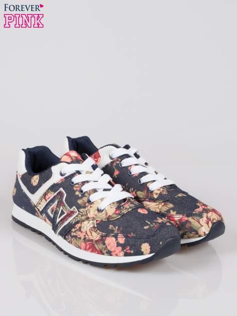 Granatowe kwiatowe miejskie buty sportowe Blushy                                  zdj.                                  2