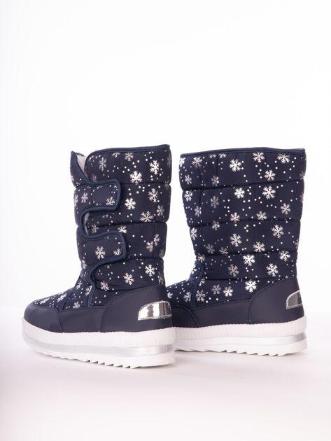 Granatowe pikowane śniegowce w srebrne gwiazdki                              zdj.                              5