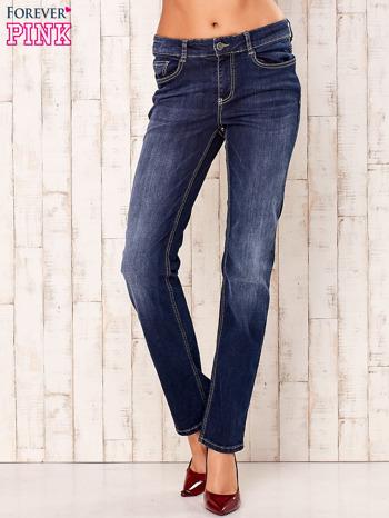 Granatowe spodnie jeansowe regular                                  zdj.                                  1