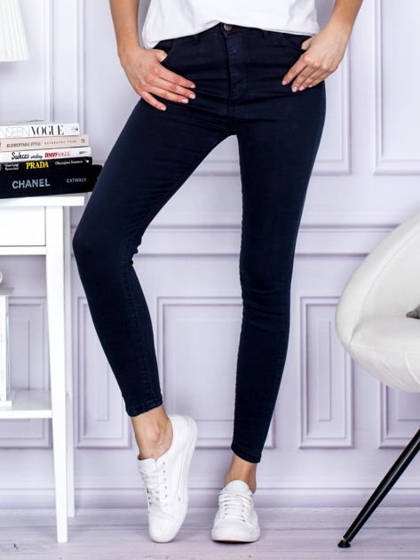 Granatowe spodnie jeansowe slim z wysokim stanem                                  zdj.                                  1